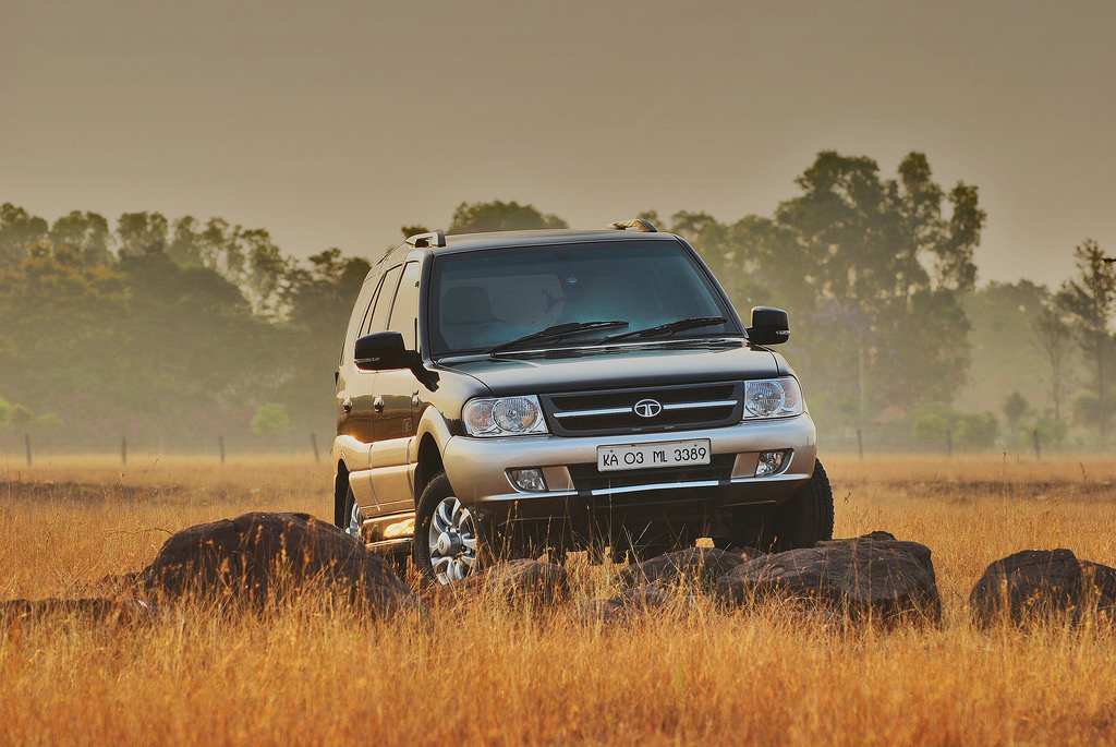 The Tata Safari's Farewell. Know More About the Legend Here